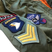 Kurtka-ALPHA-INDUSTRIES-MA-1-TT-PATCH-oliwkowa-01d